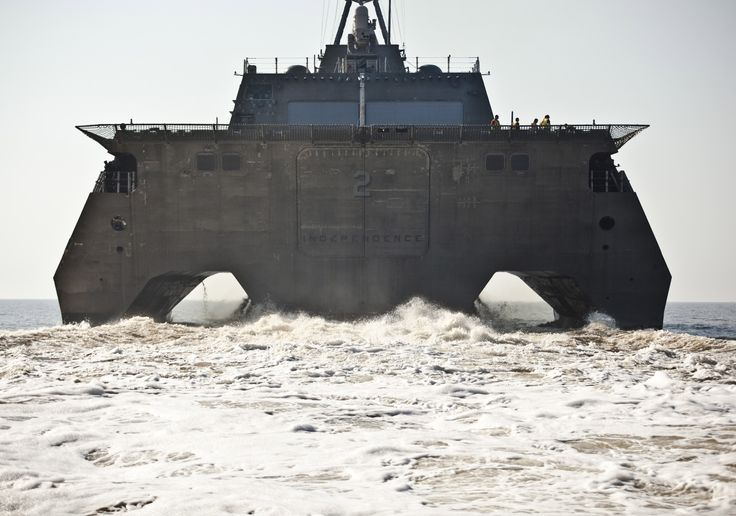 Rear view of the Independence-class littoral combat ship USS Independence (LCS-2) [30002104]