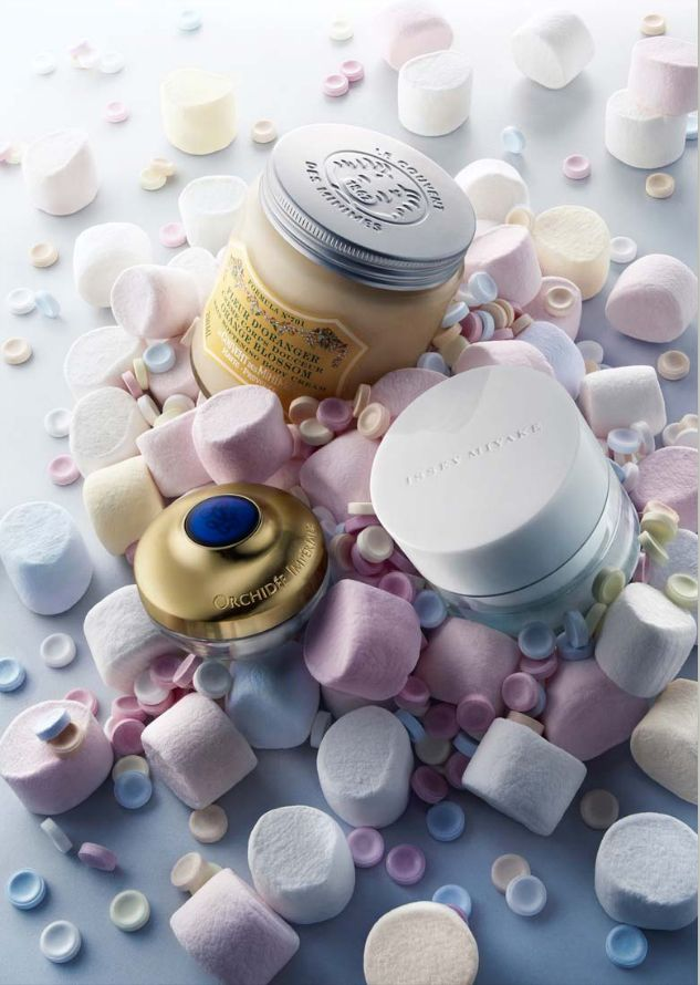 Cosmetic still life with marshmallows - Peter Lippmann
