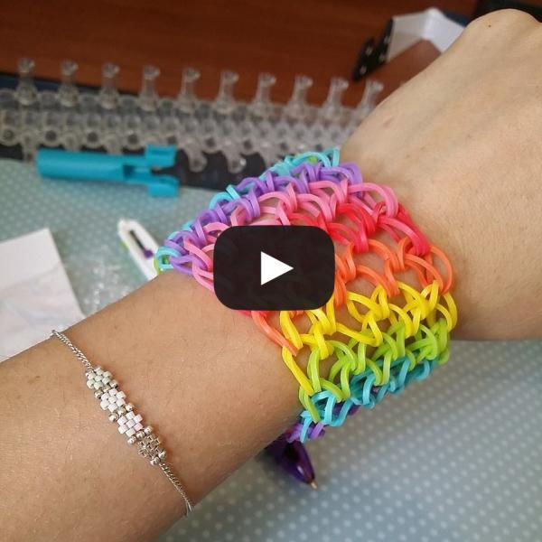 87 best images about loom bands elastiques on pinterest for Mural en elastique