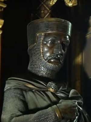 This statue of William Marshal holding a copy of Magna Carta stands behind the monarch's throne in the House of Lords.    Why? Because the version of Magna Carta that survives in English law was the one sealed voluntarily by Marshal as Regent of England in 1216.        Why is this mentioned here? Because this is the 800th anniverary, and because Marshal joined the Knights Templar just days before he died. He is buried in the Temple Church in London. www.templar-quest.com