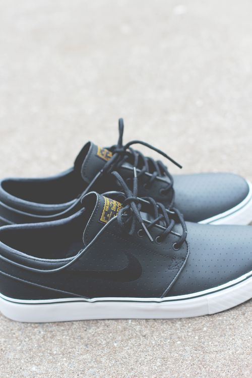 Nike SB Zoom Stefan Janoski | anthracite/black/university gold
