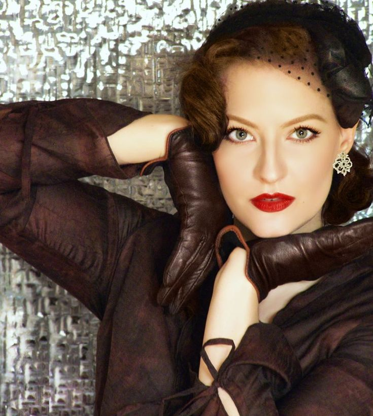 Lilly Jarlsson - Red Lips, vintage winter style gloves and headpiece