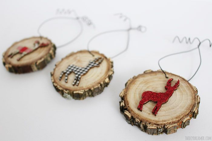 Deer Wood Slice Ornaments. Adds a beautiful touch to your Rustic Themed Christmas Decor! Have a very Rustic Christmas!