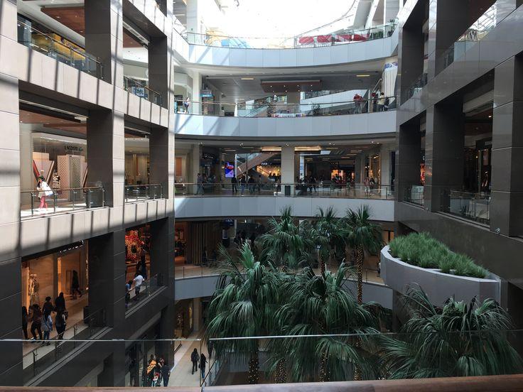 El shopping Costanera Center de Santiago de Chile