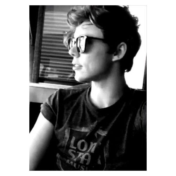 Ashton Irwin, please marry me. 5SOS found on Polyvore featuring 5sos, ashton irwin, pictures, 5 seconds of summer and ashton