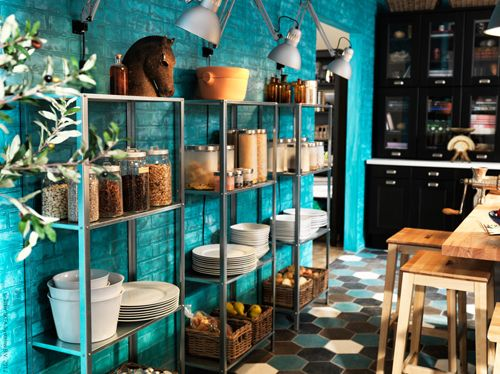 Home and Delicious: on the right shelf - hyllis Regal ikea