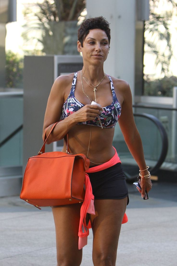 #BeverlyHills Nicole Murphy - Heads to Her Workout in Beverly Hills 07/17/2017 | Celebrity Uncensored! Read more: http://celxxx.com/2017/07/nicole-murphy-heads-to-her-workout-in-beverly-hills-07172017/