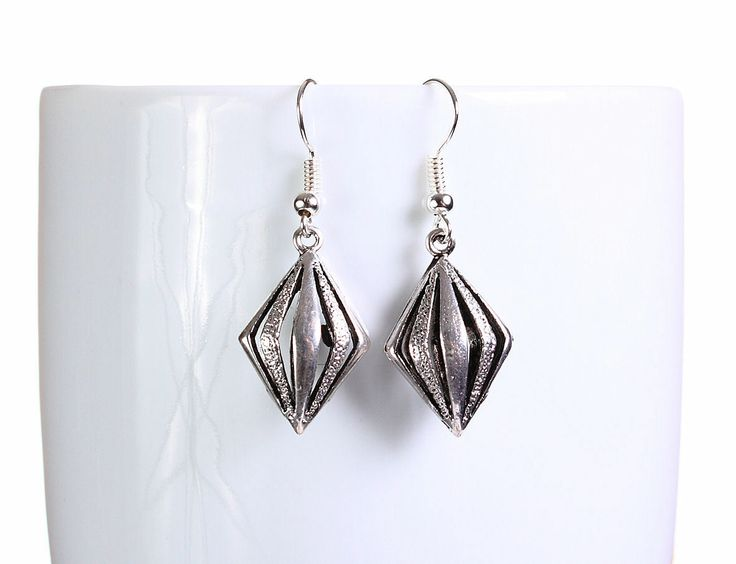 Khalliah Design - Silver hollow rhombus dangle earrings , $14.75 (http://www.khalliahdesign.com/silver-hollow-rhombus-dangle-earrings/)