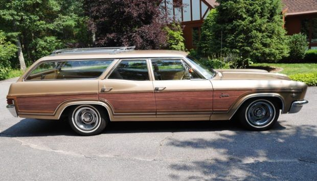 1966 Chevrolet Caprice Classic Station Wagon
