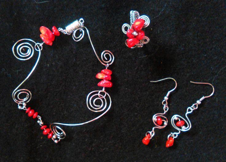 Na objednávku na svatbu.... červený korál a nerez