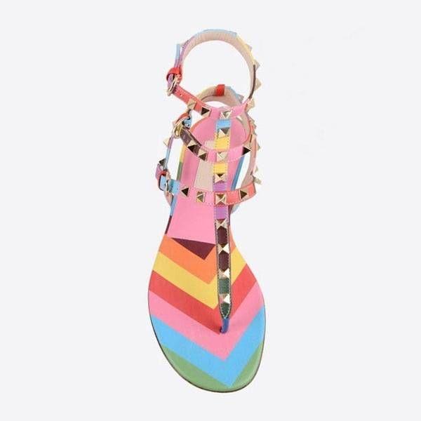 Яркие разноцветные сандалии Valentino ROCKSTUD с шипами  2470 грн