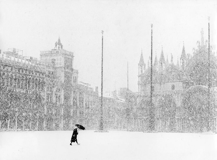 We Had Faces Then — Venice in winter, 1951, photo by Gianni Berengo...