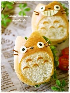 totoro bread ロールパンdeトトロサンド from http://cookpad.com/recipe/1046076