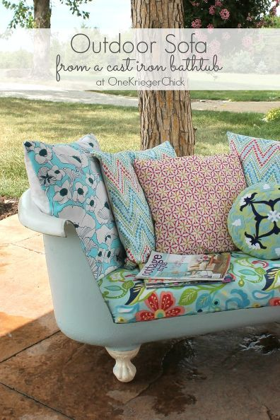 Cut & upholster a vintage bathtub for an outdoor sofa the whole family will love.