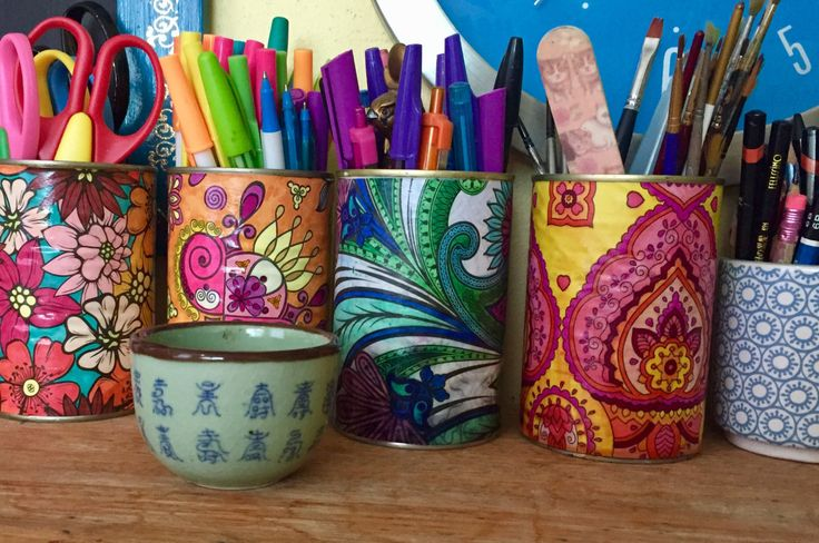 I always need jars and tins and pots to put my art materials in, and I keep tins to decorate for this purpose. Using up some more colouring in pages seemed like a great way to make some bright, col…