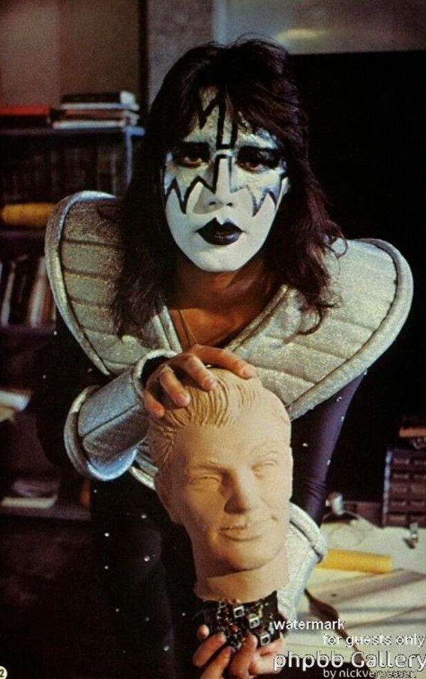 Pin By Pat On Kiss Ace Frehley Vintage Kiss Kiss Band