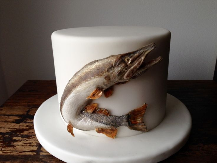 The catch of the day.... another cake for a fisherman