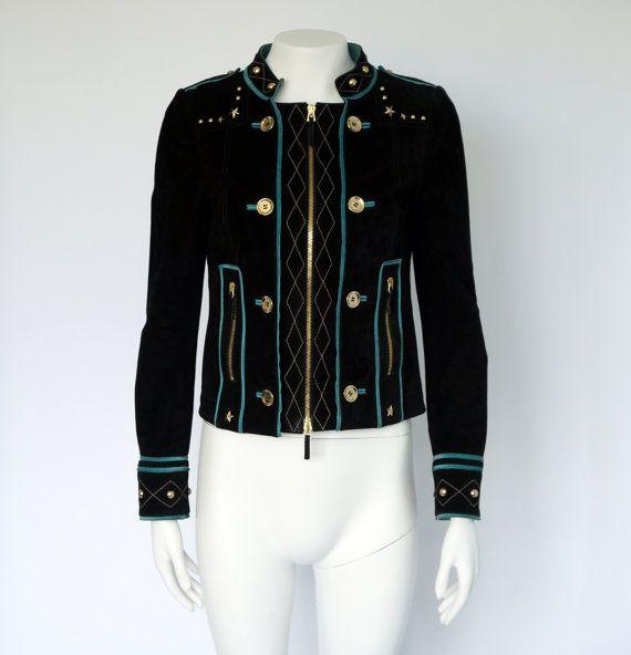 Hello Im glad youre here VINTAGE PANDORA shop  I offer vintage GUCCI jacket 100%…