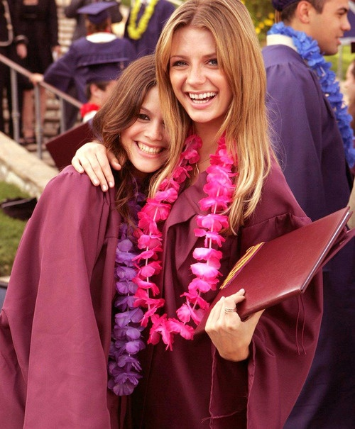 Marissa Cooper and Summer Roberts, The O.C.