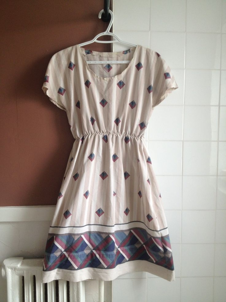 A very simple but sweet dress, made of a recycled bedsheet with an interesting pattern.