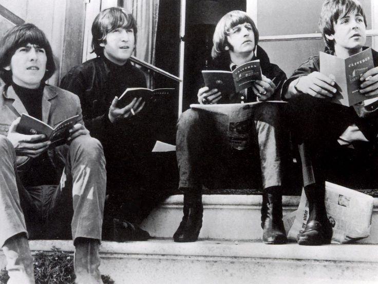 Celebrity Deathmatch de Los Beatles + Bromas Explicadas ...