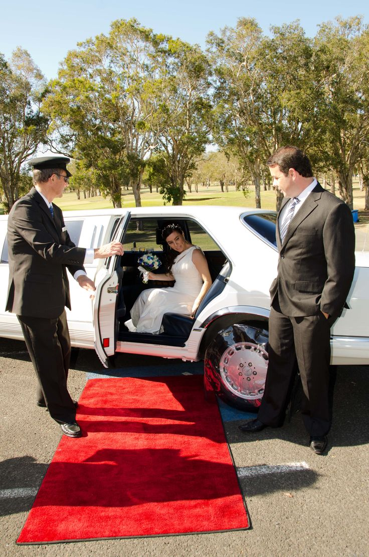 Elizabeth & Timothy with our Classic Mercedes Benz Stretch Limousine