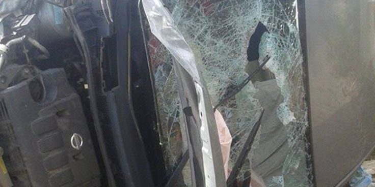 Άγιο είχαν οι οδηγοί δύο αυτοκινήτων στο Αγρίδι Ηλείας – Σφοδρή η σύγκρουση ευτυχώς χωρίς συνέπειες (ΦΩΤΟ)