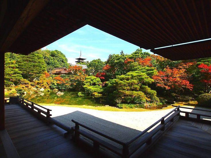 Thank-you for coming my gallery(^^) Ninna-JI Temple Kyoto Japan おはようございます☀😃❗ いつもたくさんのご来訪を いただき、ありがとうございますm(__)m🍀 本日のひと足お先の紅葉🍁Shotは・・ 大内山 仁和寺です。 遅咲きの御室桜で、有名な 仁和寺ですが、宸殿から庭越しに眺める塔も綺麗です(^^)🎵 それでは、今日もいい1日をお過ごしくださいませm(__)m🎵 #Kyoto #temple #京都 #お寺 #世界遺産 #仁和寺 #紅葉