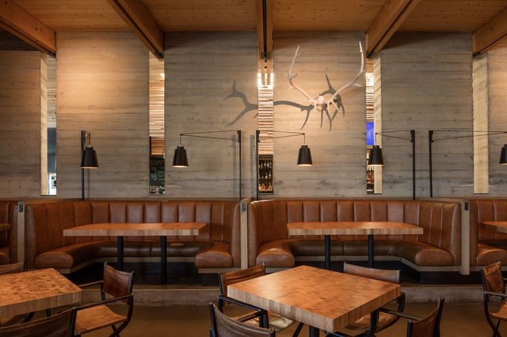 Galeria de Restaurante Cowiche Canyon e Bar Icehouse / Graham Baba Architects - 16