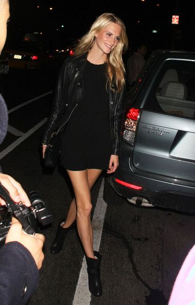 Poppy Delevigne Photo - Celebrities Leaving TopShop Party In New York 04a32e42c1ee