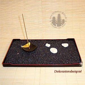 Edles, japanisches Lacktablett, um sich einen eigenen kleinen Meditationsgarten anzulegen