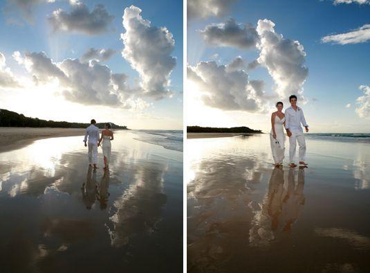 Wedding at Home Beach, North Stradbroke Island in QLD.  Images by Marianna Massey.