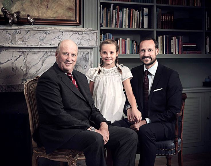 3 generation of monarchs: King Harald of Norway, Crown Prince Haakon and Heiress Presumptive Princess Ingrid-Alexandra