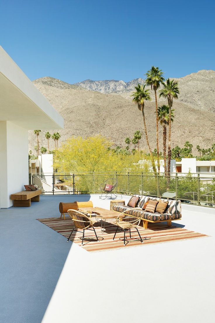 Ace Hotel, Palm Springs, Midcentury Modern | Case Study Daybed in custom fabric | http://modernica.net/day-beds/