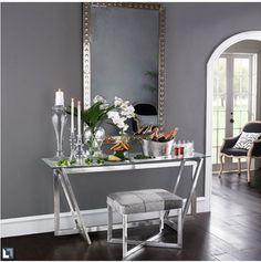Hall - aparador cromado com vidro, espelho acima