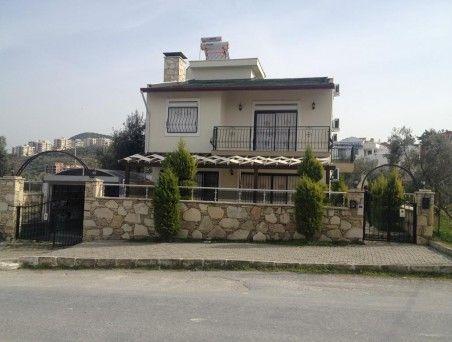 http://www.turkeyhousesforsale.com/property/real-estate-kusadasi-8878