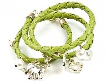Bransoletka zielony rzemyk - charmsy