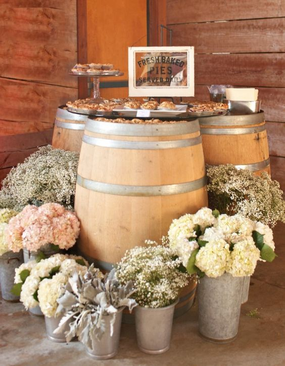 rustic country barn wedding decor ideas / http://www.deerpearlflowers.com/rustic-buckets-tubs-wedding-ideas/