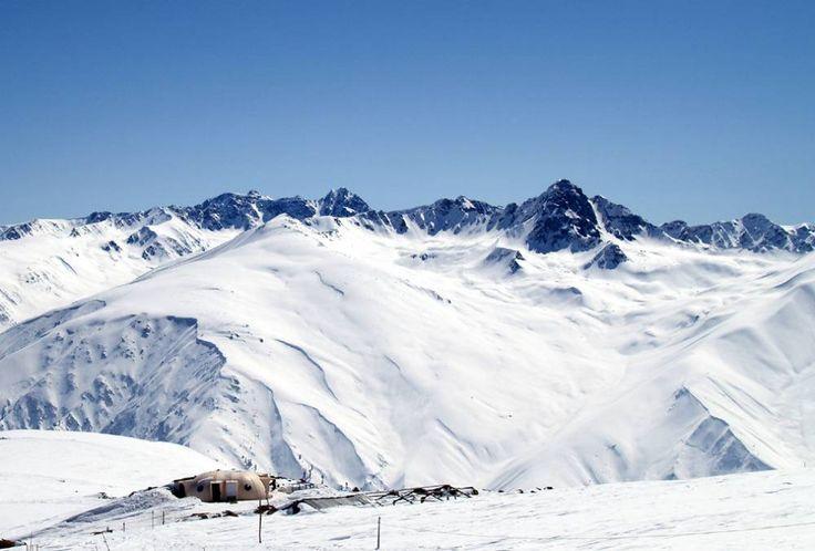 Skiing in Gulmarg