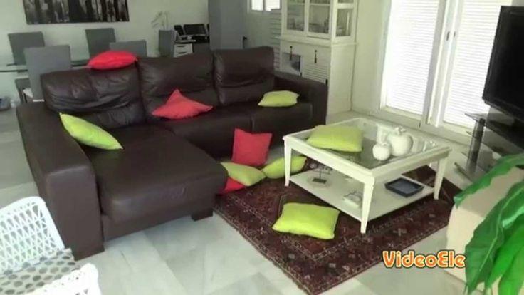 Sola en casa (nivel A2)