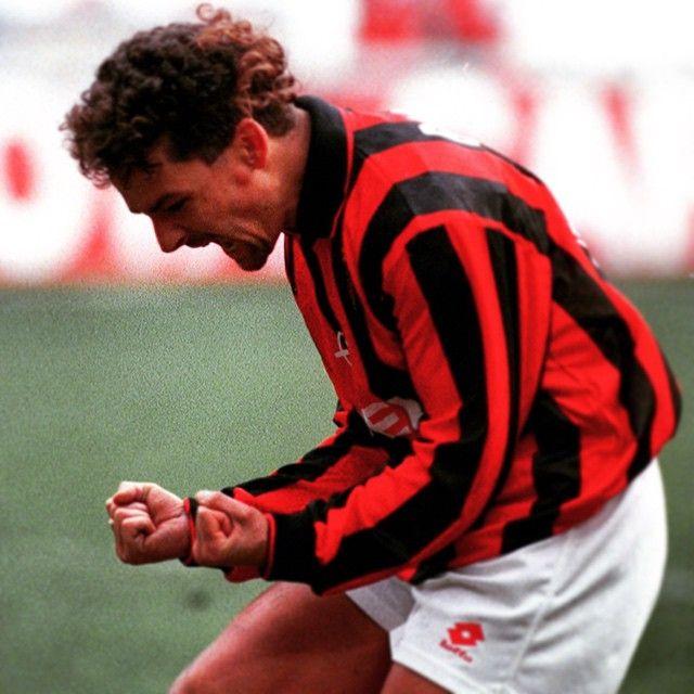 "「February 18th, happy birthday to Baggio! Roberto joined us in summer 1995, winning the Scudetto! Vote for him in the ""Galleria dei Campioni""…」"
