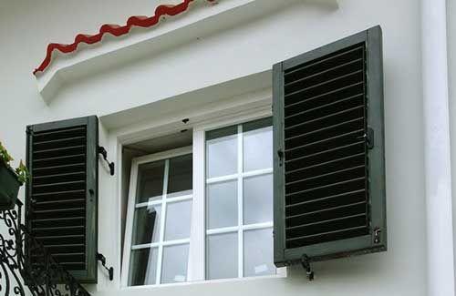 Obloane casa= shutters