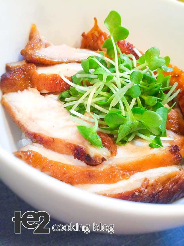 鶏チャーシュー丼 | te2 – クッキング・ブログ 肉を漬ける時間を除けば、10分程度で完成する時短料理です。 ヨメと息子の分は丼に盛って「鶏チャーシュー丼」を作りました。