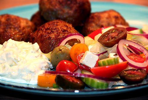 grekisk_mat_biffar_tzatziki_recept