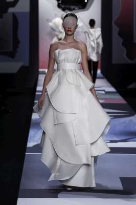 Viktor and Rolf Bridal #gown #wedding