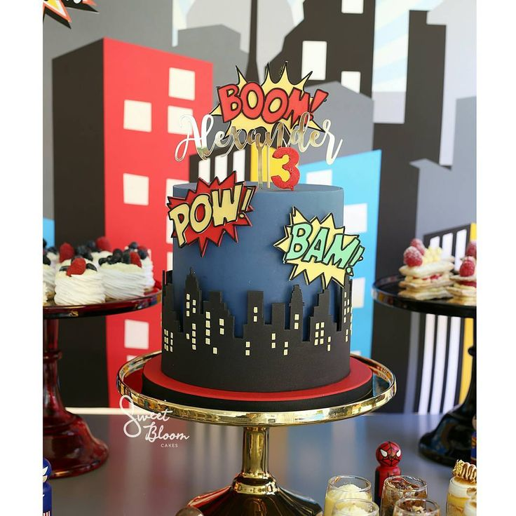 Best 25+ Superhero cake ideas on Pinterest | Superhero ...