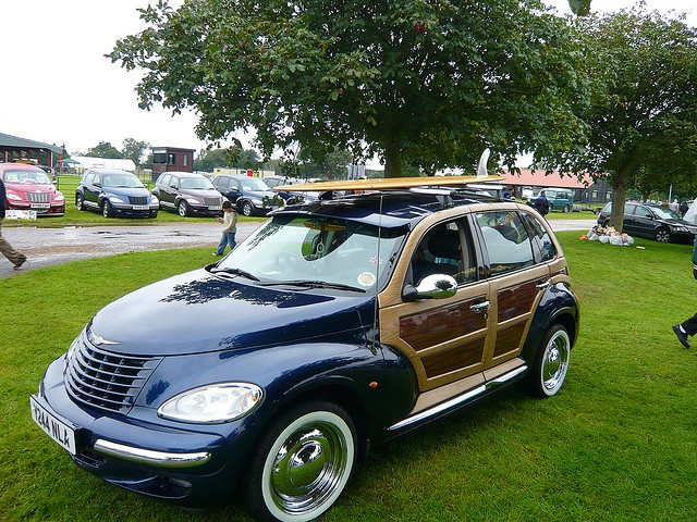 2001 Chrysler PT Cruiser Woody!  Sooo cuuute!