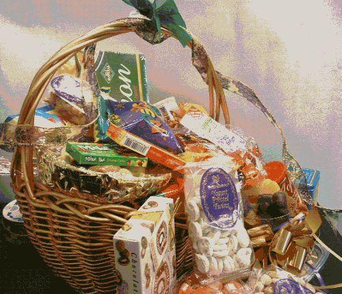 Kosher Gift Basket – Guy's Picnic Basket (USA)