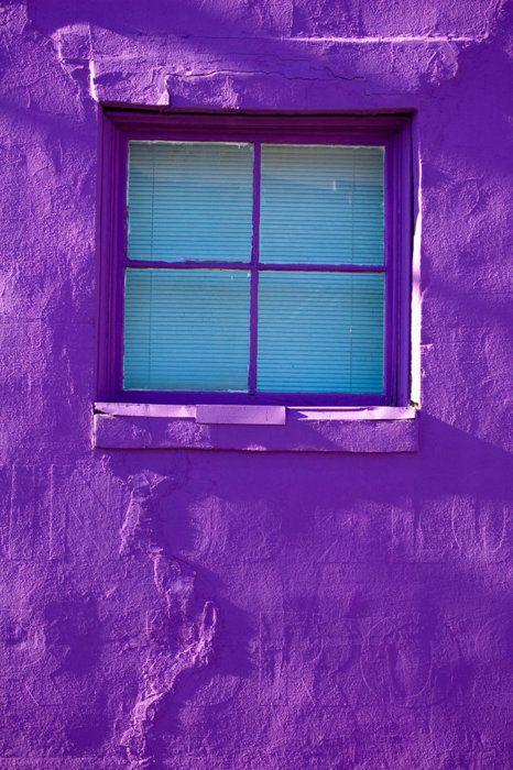 Closed window. kn
