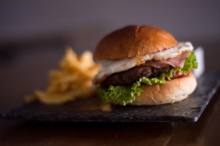 #hangover #burger #sundayboutiquehotel #restaurant #food #fresh #greece #greekfood